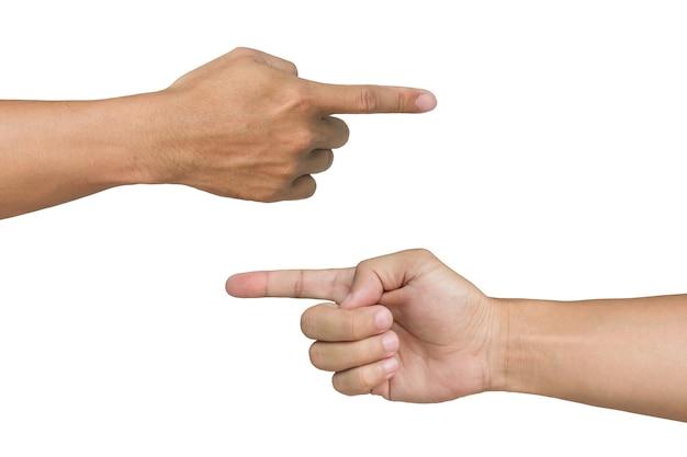 Mani di uomo che punta su sfondo bianco