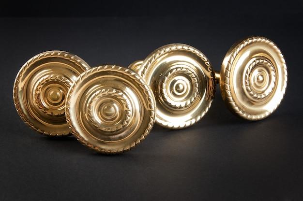 Maniglie per porte vintage in ottone