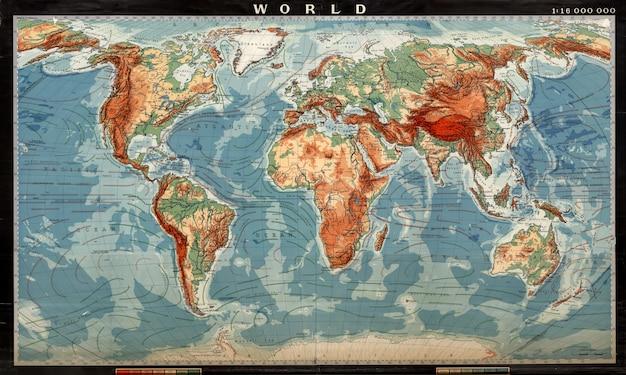 Mappa del mondo colorata. alta illustrazione dettagliata della worldmap.