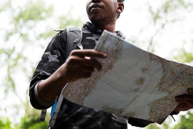 Mappa di controllo nella foresta