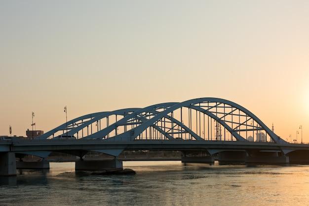 Maqta bridge, abu dhabi, emirati arabi uniti