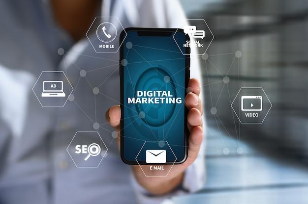 Marketing digitale nuovo progetto di avvio ottimizzazione dei motori di ricerca online