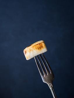 Marshmallow affumicato sulla forcella