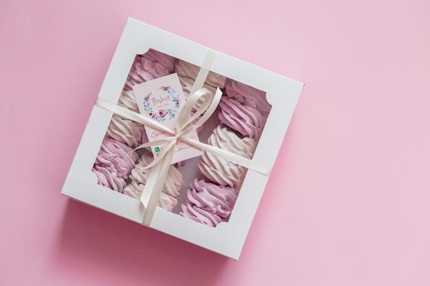 Marshmallow in confezione regalo rosa