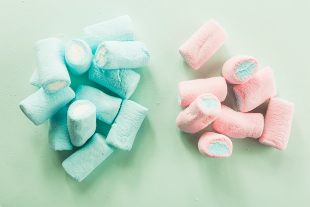 Marshmallows rosa e blu