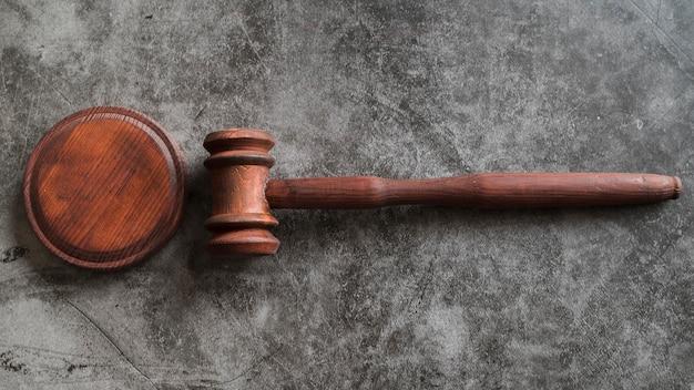 Martelletto del giudice di vista dall'alto