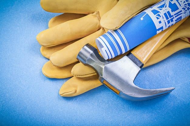 Martello, guanti protettivi in pelle e schemi