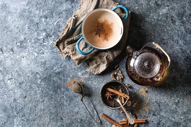 Masala chai con ingredienti