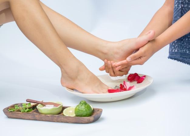 Massaggio termale e piedi
