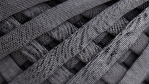 Matassa di primo piano grigio filato lavorato a maglia