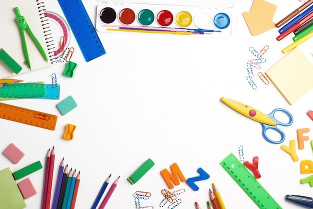 Materiale scolastico, ritorno a scuola