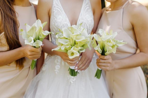 Matrimonio bellissimo bouquet di fiori
