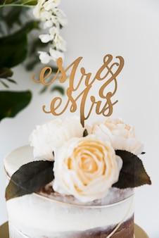 Matrimonio natura morta con rose