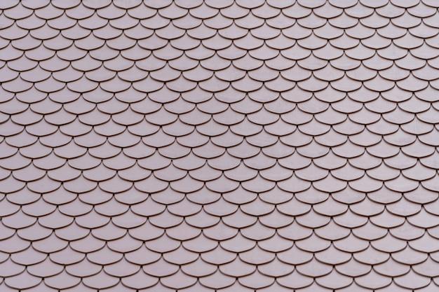 Mattonelle di tetto della casa tailandese, annata delle mattonelle di tetto.