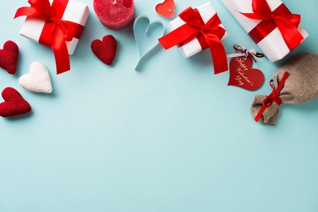 Mazzo di forniture per san valentino