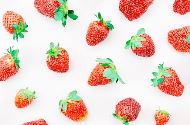 Mazzo di fragole mature