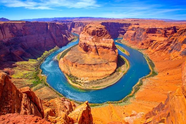 Meandro della curvatura a ferro di cavallo dell'arizona del fiume colorado