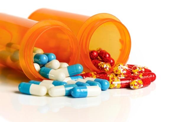 Medicina in bottiglia leggera protetta.