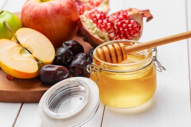 Mela e miele, cibo tradizionale del capodanno ebraico - rosh hashana.