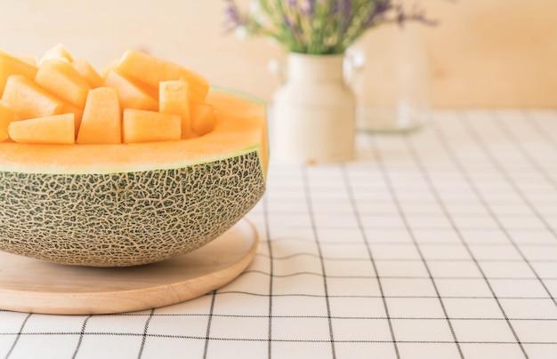 Melone fresco di cantalupo