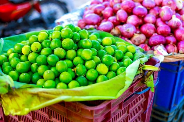 Mercato delle verdure indiane, cibo vegetariano