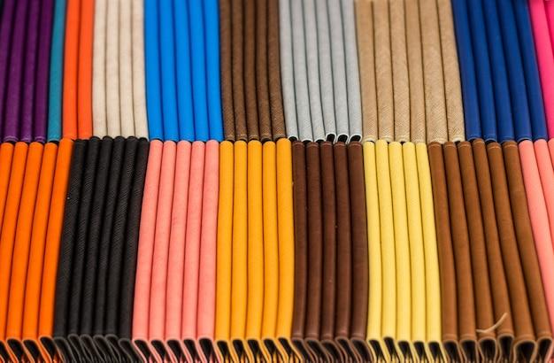 Mescolare il portafoglio di colore lether in scatola per vendere