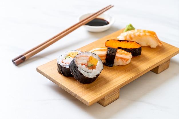Mescolare il set di sushi