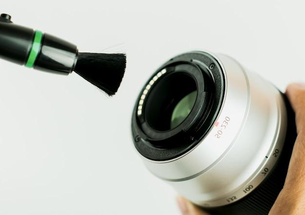 Metodo di pulizia dell'obiettivo della fotocamera