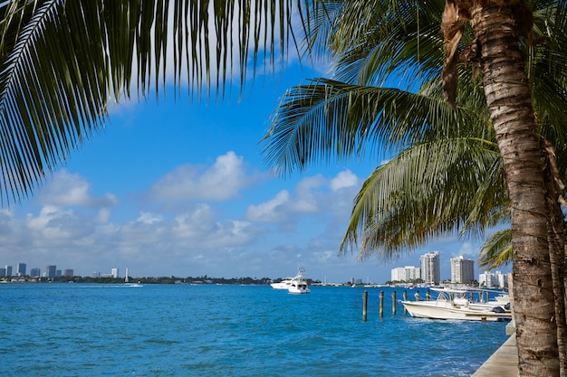 Miami beach da macarthur causeway florida