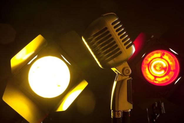 Microfono audio in stile retrò