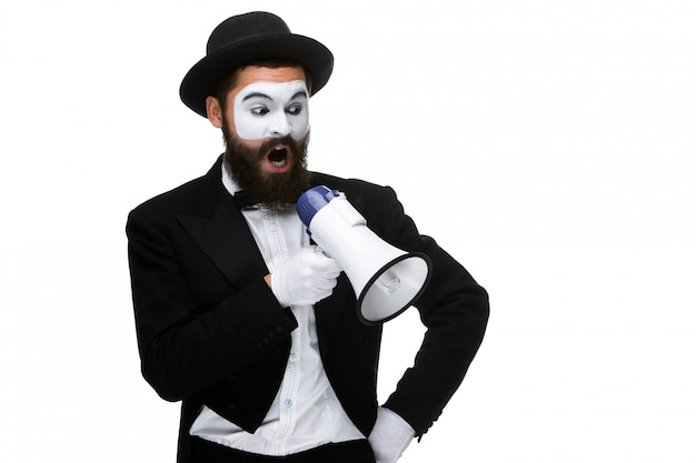 Mime come uomo d'affari con un megafono