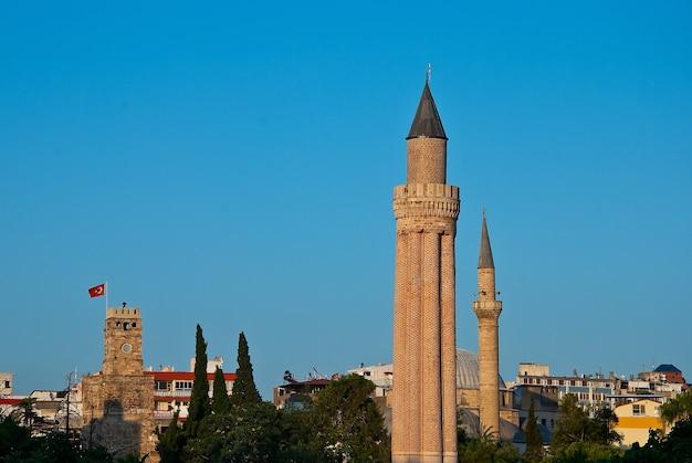 Minareto yivli, antalya