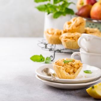 Mini torte di mele fatte in casa