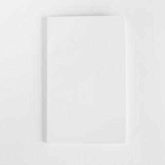 Mockup di opuscolo bianco vuoto