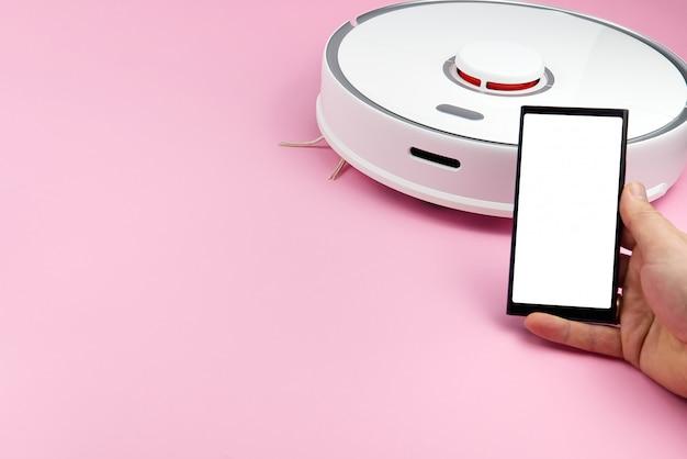 Mockup di schermo di uno smartphone per controllare l'aspirapolvere robot