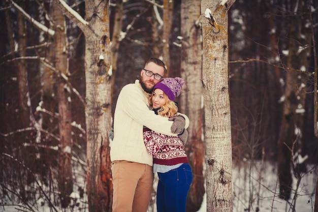 Moda ritratto di giovane coppia sensuale