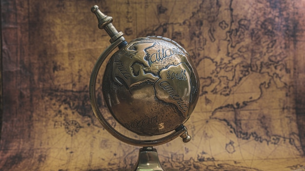 Modello del globo del vecchio mondo