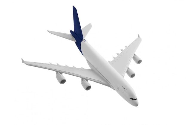 Modello di aeroplano con colore blu sulla coda isolato su sfondo bianco