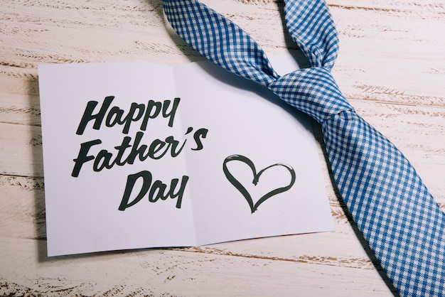 Modello di carta per il giorno di padri
