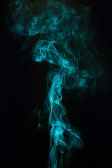 Modello di fumo per la progettazione grafica moderna creativa su sfondo nero