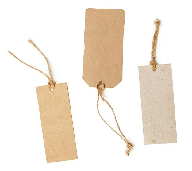 Modello di tag dello shopping vuoto. isolato su bianco