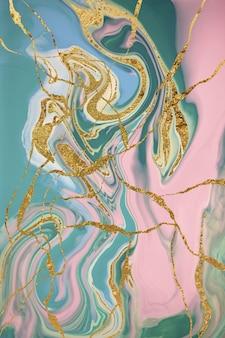 Modello in marmo con fessure dorate. sfondo astratto
