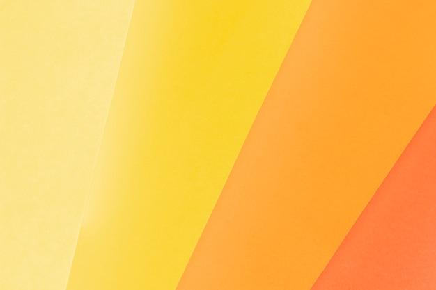 Modello piatto disteso fatto di diverse tonalità di arancione