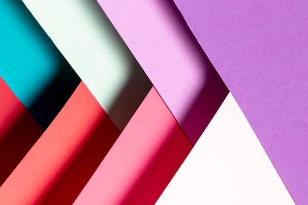 Modello piatto laico con diverse tonalità di colori di primo piano