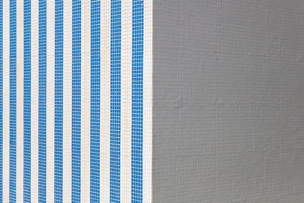 Modello quadrato di piastrelle bianche e blu