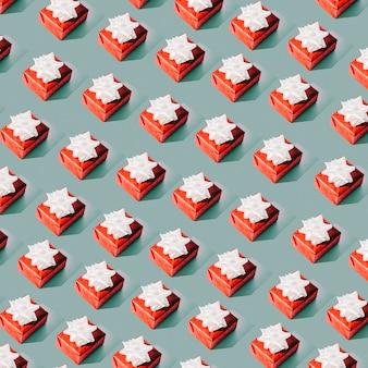 Modello senza cuciture di scatole regalo rosso