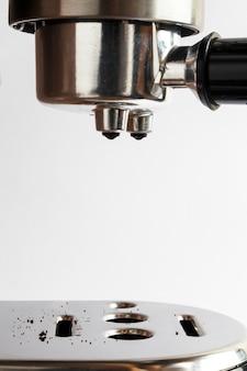 Moderna macchina per caffè espresso