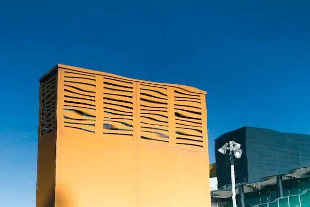 Modifica l'edificio della città