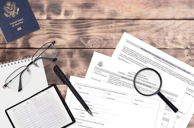 Modulo del dipartimento di stato ds3079 denuncia formale di discriminazione
