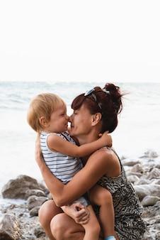 Momento incantevole con nonna e nipote